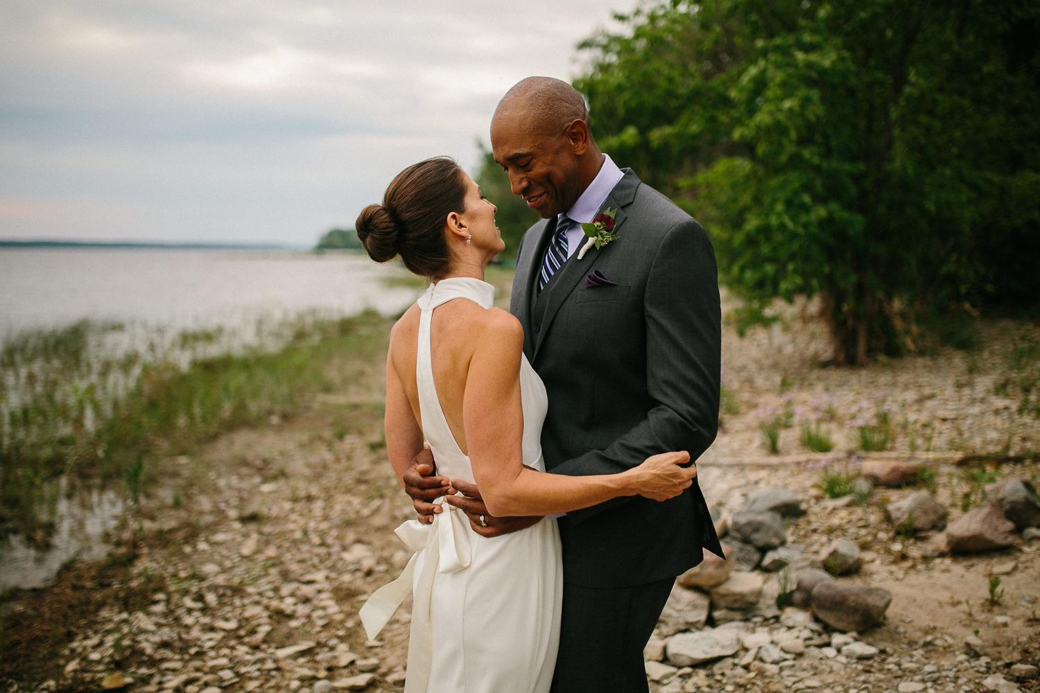 ottawa river small intimate wedding-144.jpg