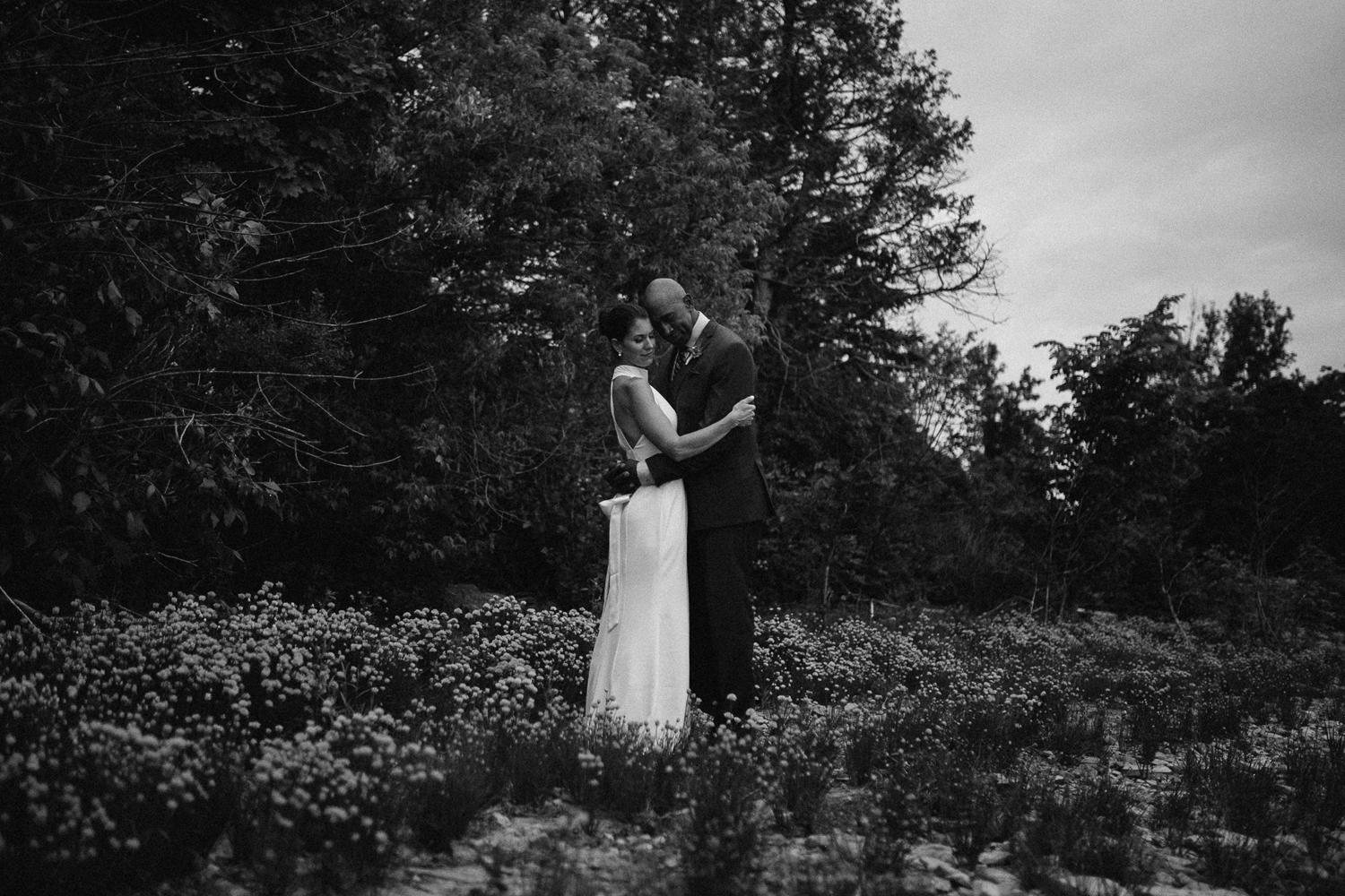 ottawa river small intimate wedding-251.jpg