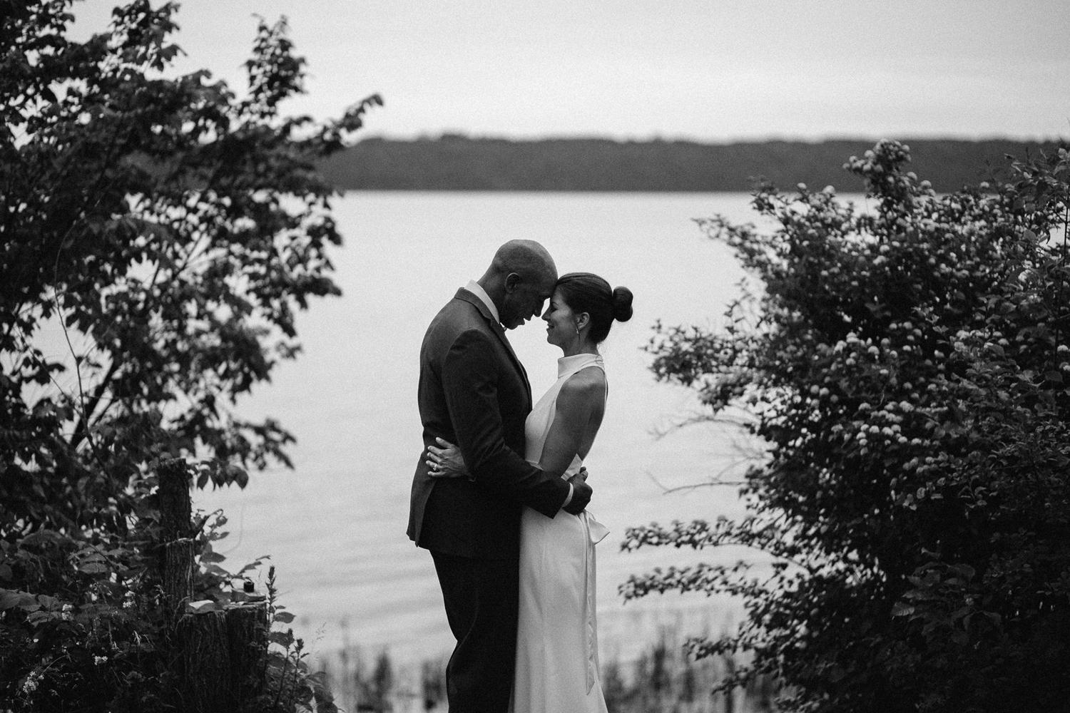 ottawa river small intimate wedding-254.jpg