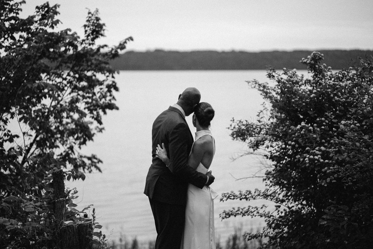 ottawa river small intimate wedding-256.jpg