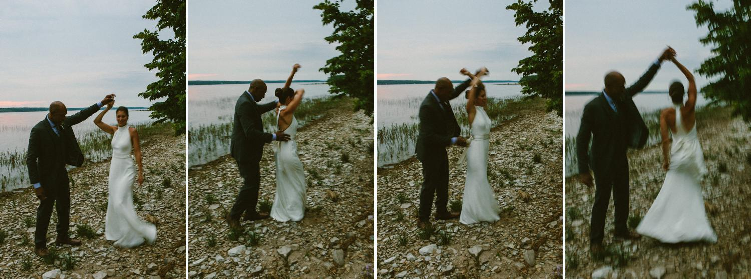 ottawa river small intimate wedding-260.jpg