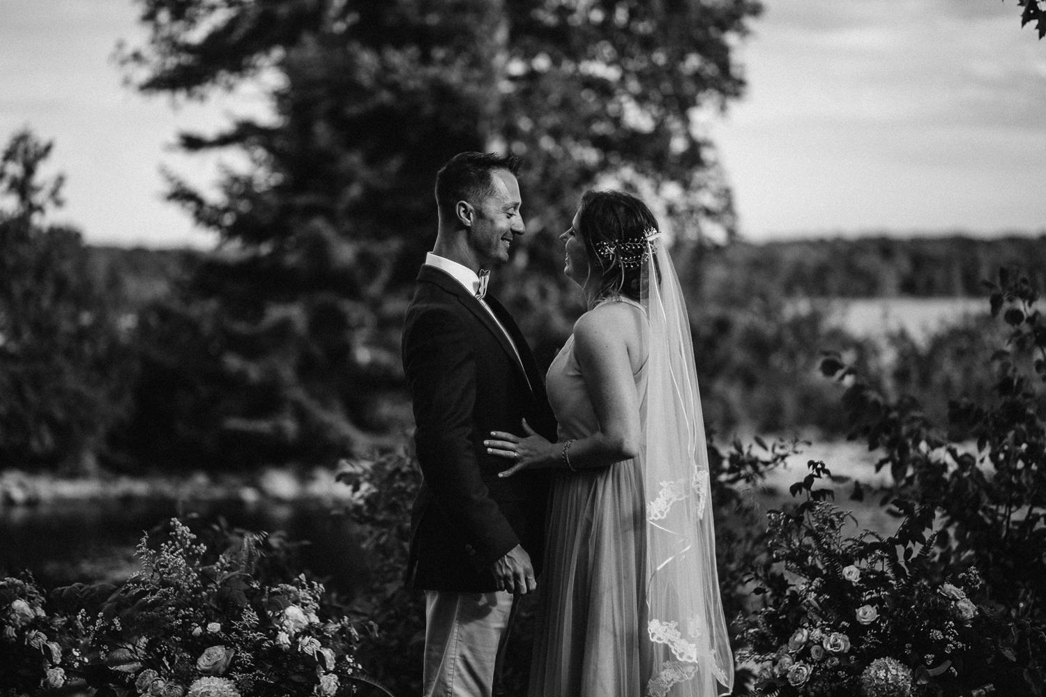 kerry ford photography - small intimate backyard rideau lake island wedding perth ontario-044.jpg