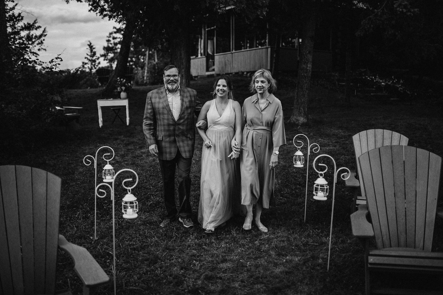 kerry ford photography - small intimate backyard rideau lake island wedding perth ontario-045.jpg