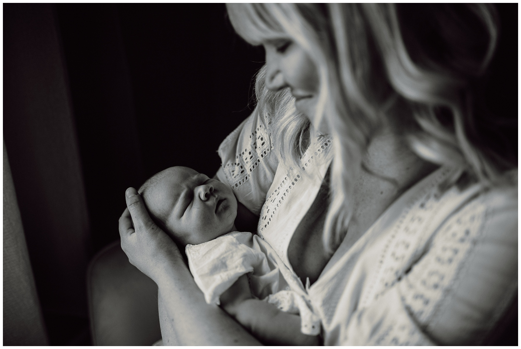 Newborn Lifestyle Session - Kerry Ford Photography - Perth Ontario004.jpg